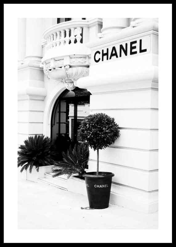 Chanel Store No1