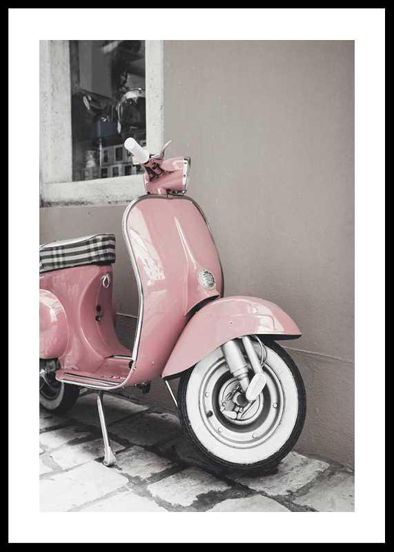 Pink Old Vespa-0