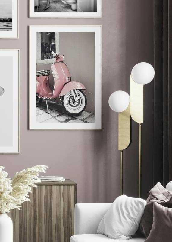 Pink Old Vespa-4